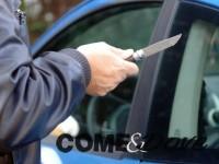 Attenzione ai rapinatori al semaforo