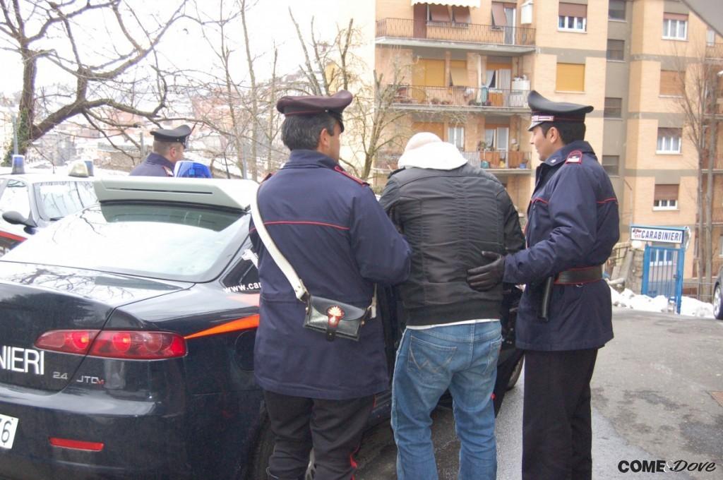 Torre Pellice: tentato omicidio, un profugo litiga per la finestra aperta e accoltella un connazionale
