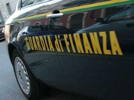 Risultati immagini per guardia di finanza