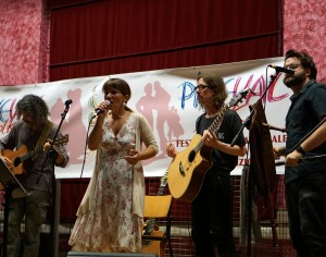 VIDEO | PineVal Folk: si entra nel vivo