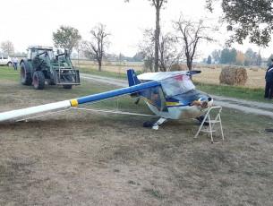 Si spezza un'ala durante l'atterraggio, pensionato portato al Cto