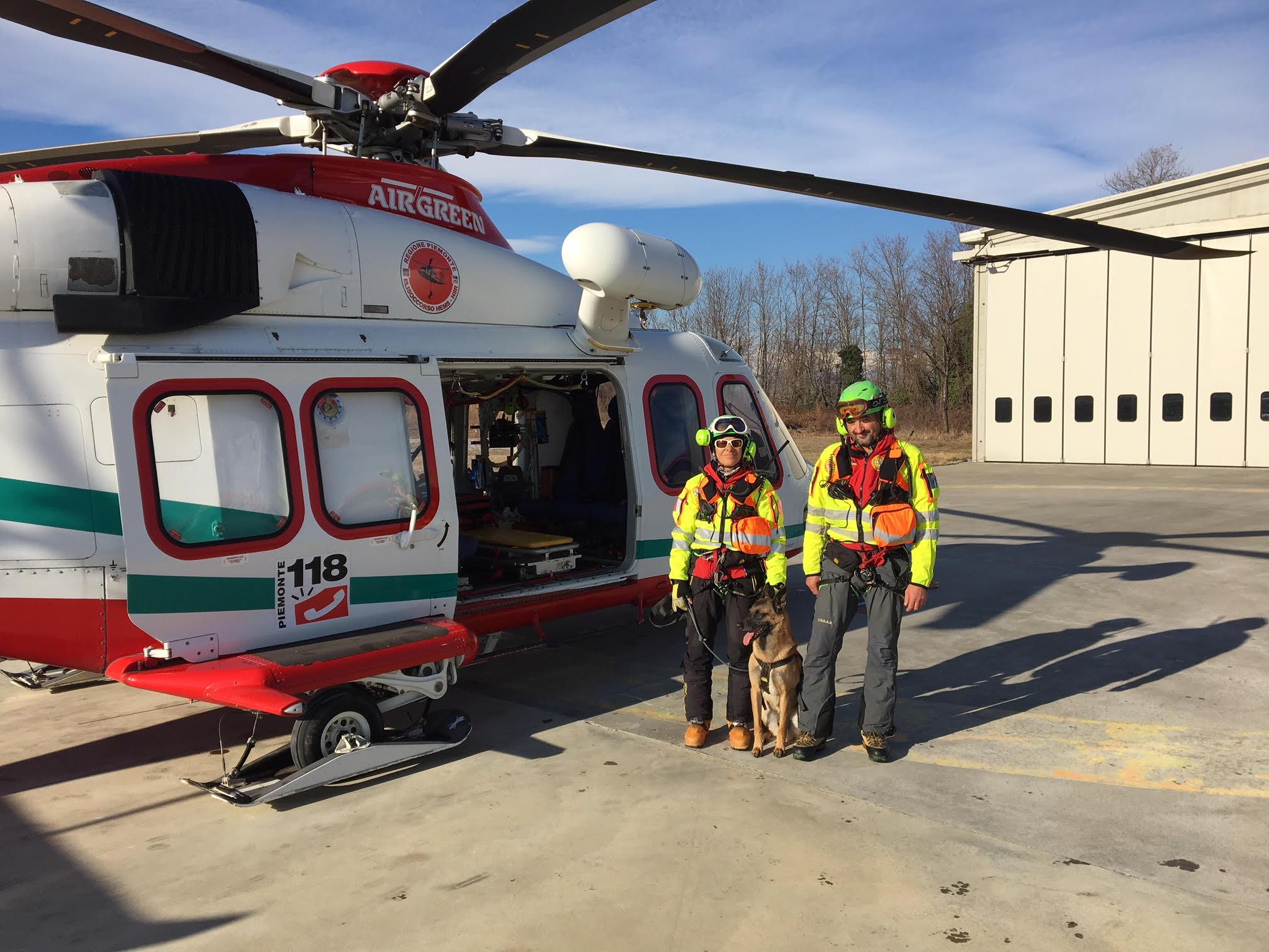 Elicottero 118 : Gran sasso precipita elicottero del vittime ilmeteo