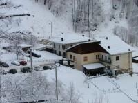 Anziani bloccati dalla neve: i carabinieri li raggiungono a piedi