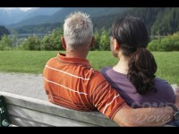 VIDEO | Una comunità amichevole per le persone affette da Alzheimer e da altre demenze
