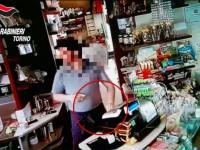VIDEO | Denunciato il dipendente che rubava in pasticceria