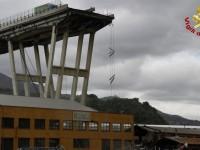 Le vittime del Ponte Morandi chiedono rispetto