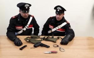 carabinieri pistola