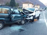 Incidente stradale a Villar Perosa: scontro frontale