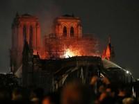 Una poetessa pinerolese ricorda Notre Dame