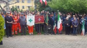 A Cumiana partecipano in tanti alla commemorazione del 25 Aprile