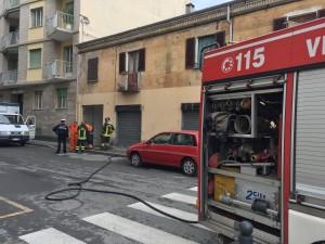 Pinerolo, per una fuga di gas chiusa via Gioberti