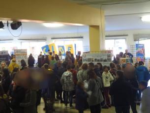 A Pinerolo in centinaia al salone dell'orientamento nella scuola Brignone