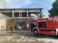 VIDEO| Distrutto dal fuoco a Cercenasco un deposito di foraggio