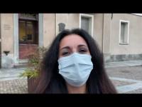 VIDEO | Pinerolo, arrivano in piazza le preoccupazioni dei commercianti penalizzati dalla nuova chiusura dei negozi