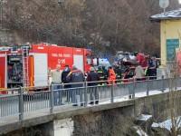 VIDEO | San Germano Chisone,  i soccorsi arrivano anche dell'alto per un incidente stradale alla rotonda