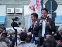 Giuseppe Conte con il sindaco Luca Salvai, a Pinerolo