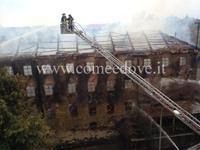 Uno scatto dell'incendio del 13 ottobre 2013